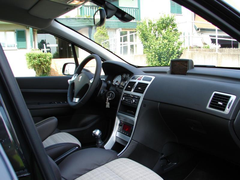 Teintage de vitre auto teintage vitre auto sur for Interieur 307