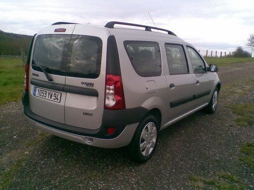 http://www.forum-peugeot.com/Forum/mesimages/6426/Photo091.jpg1..jpg