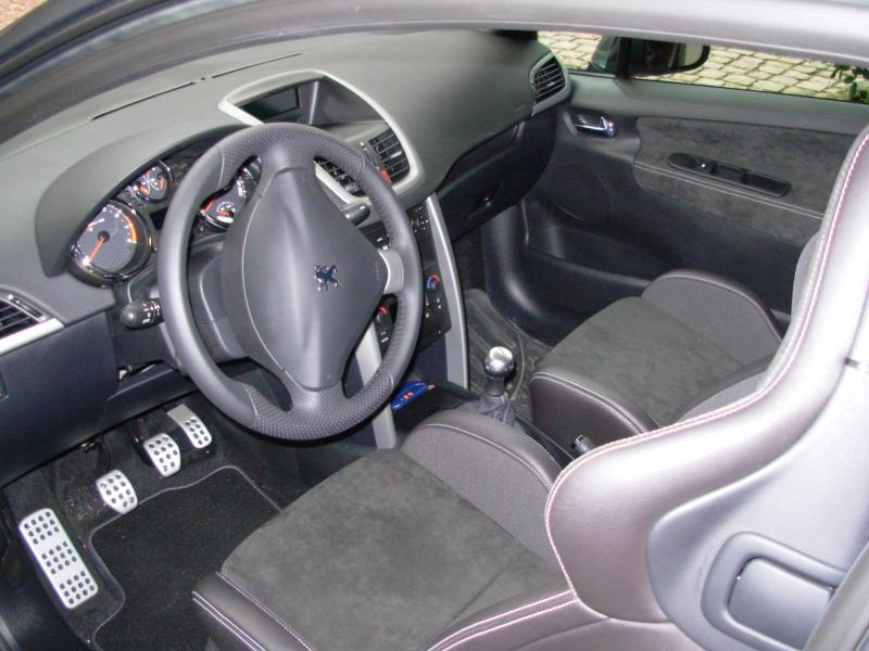 207 rc gris shark ma voiture peugeot 207 et 207. Black Bedroom Furniture Sets. Home Design Ideas