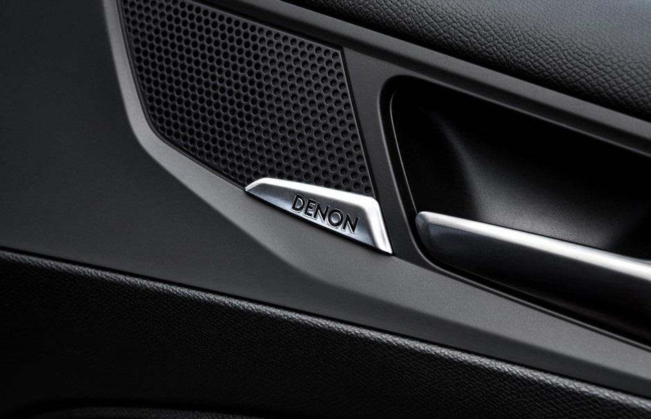 La Peugeot 308 GTi by Peugeot Sport peut recevoir le Pack Hi-Fi