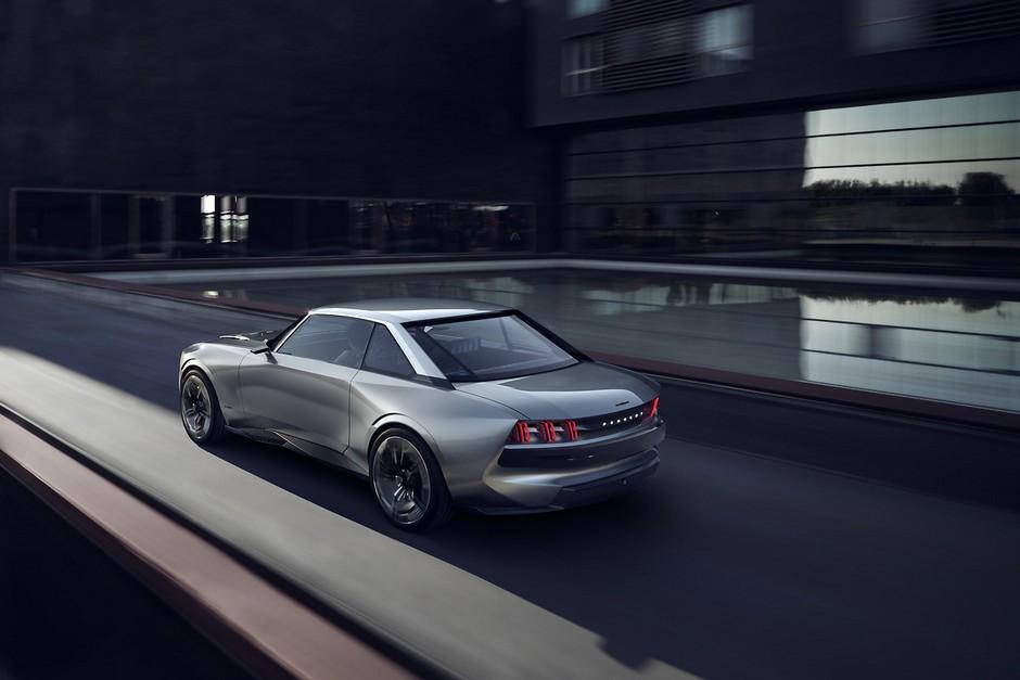 Photo officielle du Peugeot e-Legend (2018)
