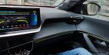 Peugeot e-2008 personnalisation éclairage d'ambiance vert