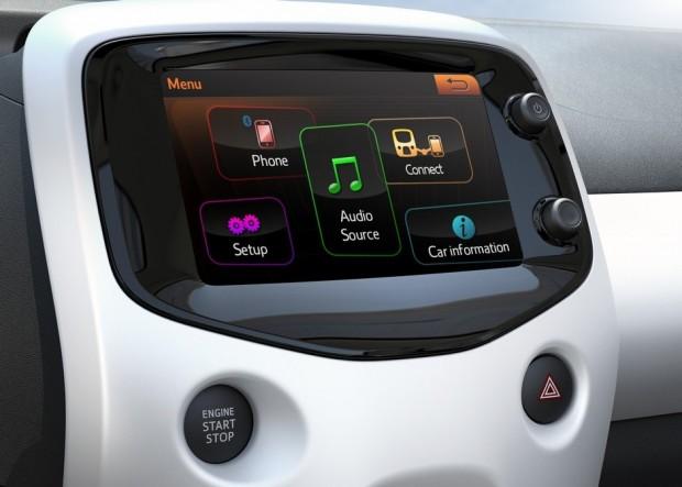 L'écran tactile de la Peugeot 108