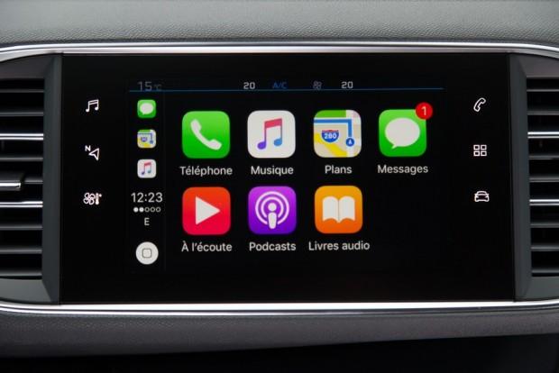 Le smartphone désormais dans la voiture