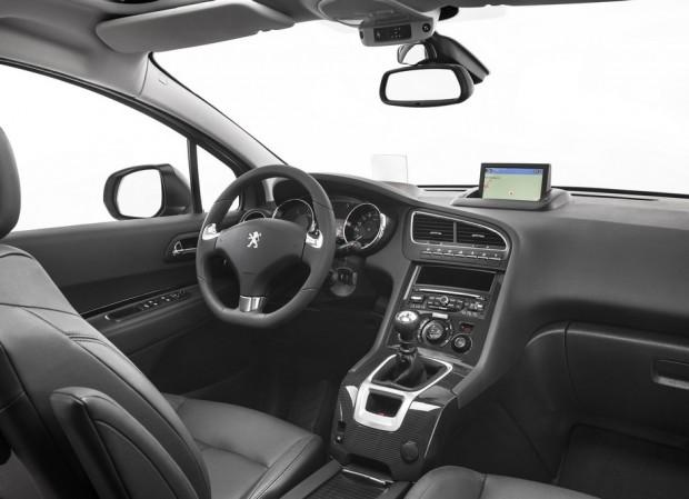 L'habitacle du Peugeot 5008
