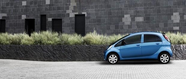 Tous les catalogues de la Peugeot iOn