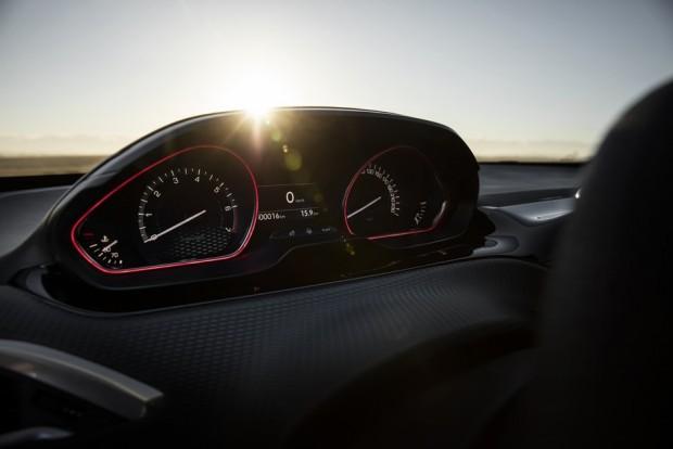 Les compteurs tête-haute du Peugeot 2008 GT-Line