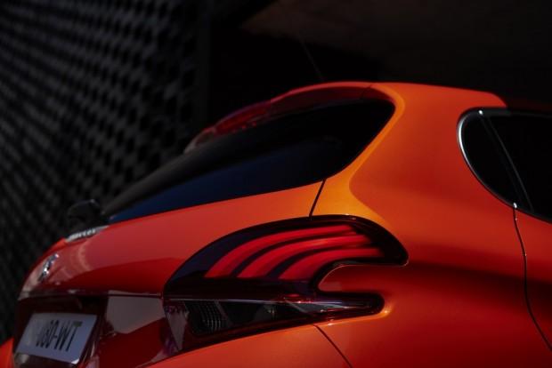Les nouveaux feux de la Peugeot 208