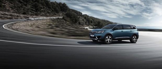 Le nouveau SUV Peugeot 5008 s'affirme