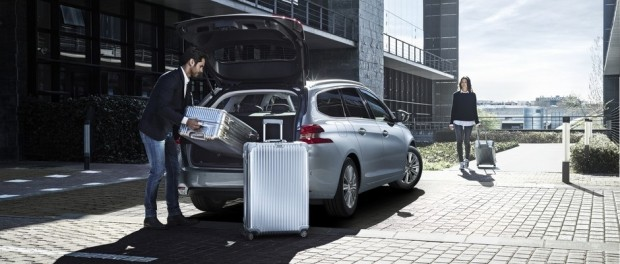 Un grand volume de coffre sur la Peugeot 308 SW