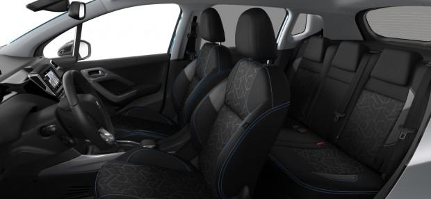 Peugeot 2008 Style : Tissu Tokyo Noir Mistral avec surpiqûres Bleu Cardio