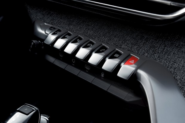 Les Toogle Switches du Peugeot 3008