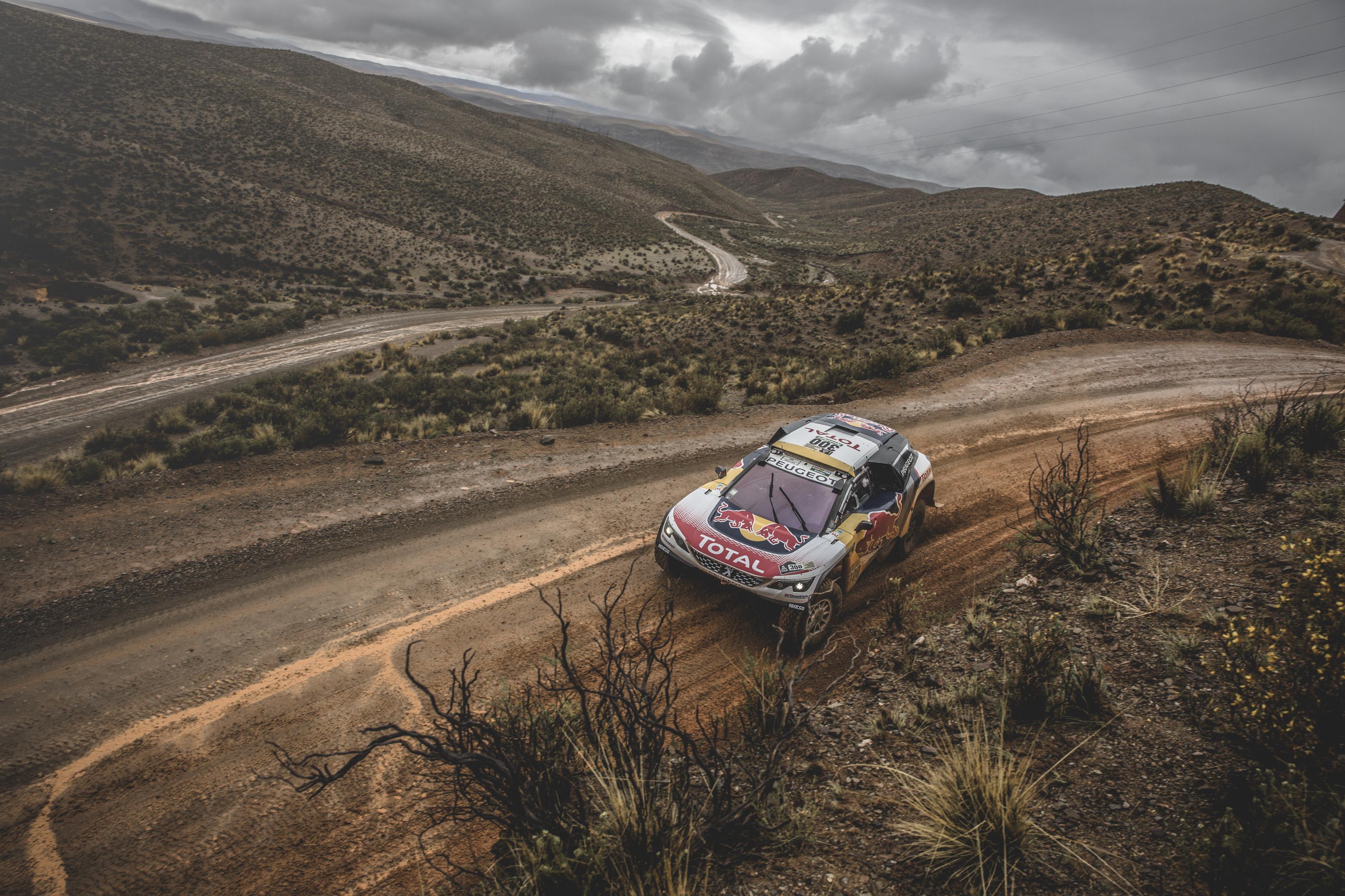 Dakar - Peugeot est en position de force mais reste prudent