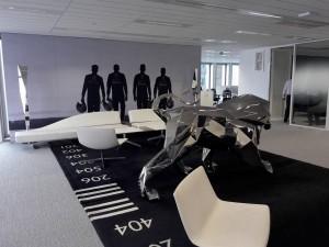 les salari s du groupe psa inaugurent leur nouveau si ge social forum. Black Bedroom Furniture Sets. Home Design Ideas