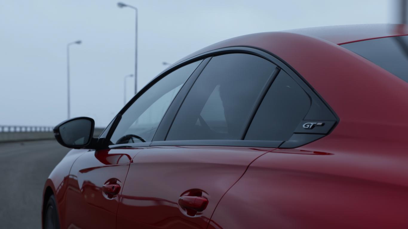 2018 - [BMW] Série 3 [G20/G21] - Page 19 Peugeot-508-capture-profil-custode-forum-peugeot